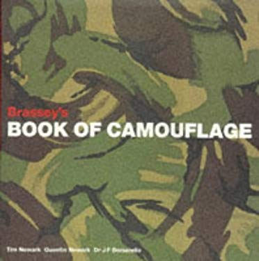 Book of Camouflage: A History of Camouflage Uniforms 9781857531640