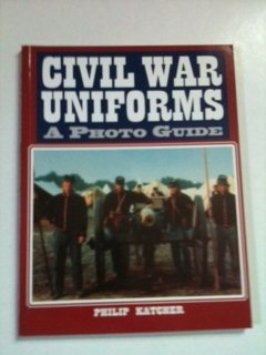 Civil War Uniforms: A Photo Guide 9781854093332
