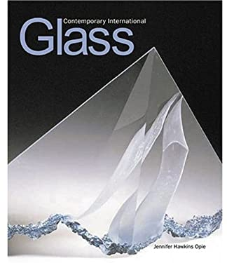 Contemporary International Glass: 60 Artists in the V & A 9781851774265