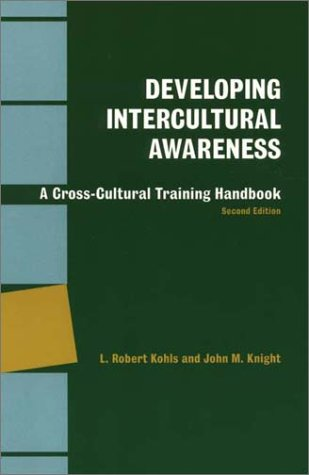 Developing Intercultural Awareness: A Cross-Cultural Training Handbook 9781877864131