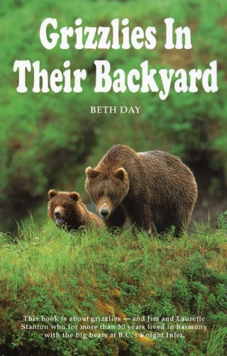 Grizzlies in Their Backyard 9781895811162