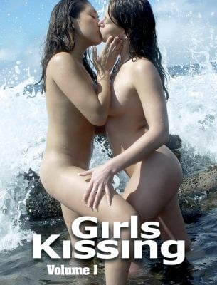 Girls Kissing, Volume 1 9781903254554