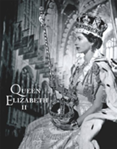 Queen Elizabeth II: A Royal Life in Pictures 9781907708077