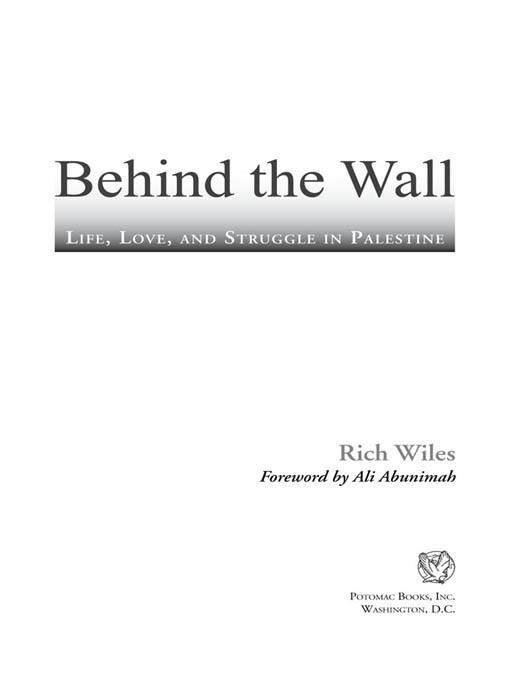 Behind the Wall: Life, Love, and Struggle in Palestine EB2370004232065