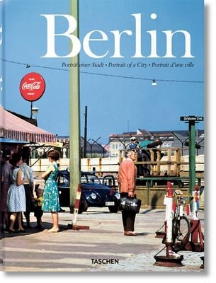Berlin: Portrait of a City 9783822814451