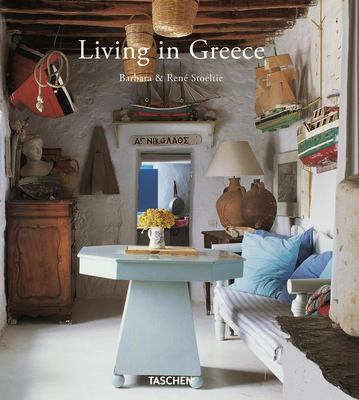 Living in Greece 9783836531702