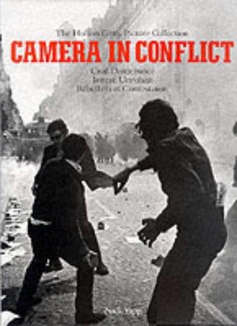Camera in Conflict, Volume 1 9783895082443