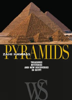 Pyramids: Treasures, Mysteries, and New Discoveries in Egypt 9788854406070